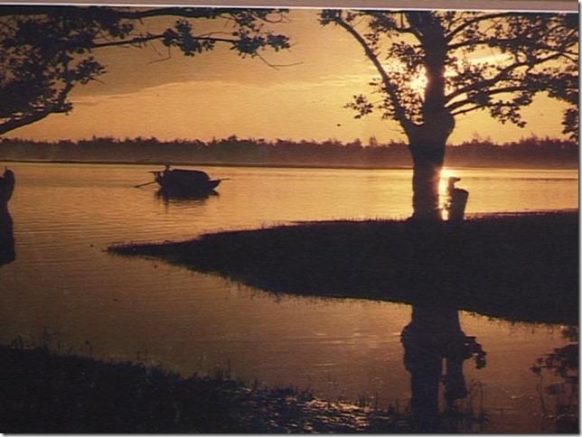 Bức ảnh Hoàng hôn trên sông Lam